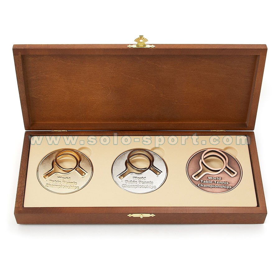 Сувенирный комплект медалей в упаковке